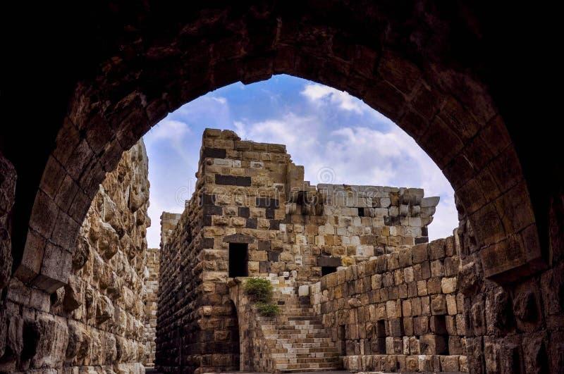 Stor gammal slott av Damascus arkivbild