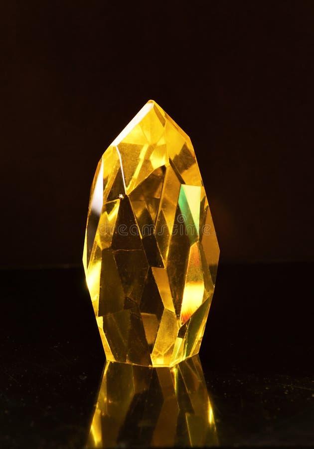 Stor gul kvartskristall fotografering för bildbyråer