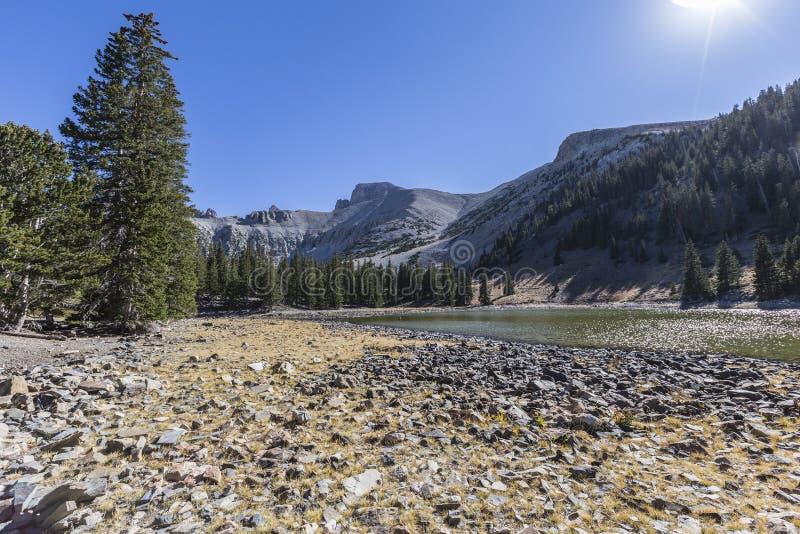 Stor handfatnationalpark Stella Lake arkivbild