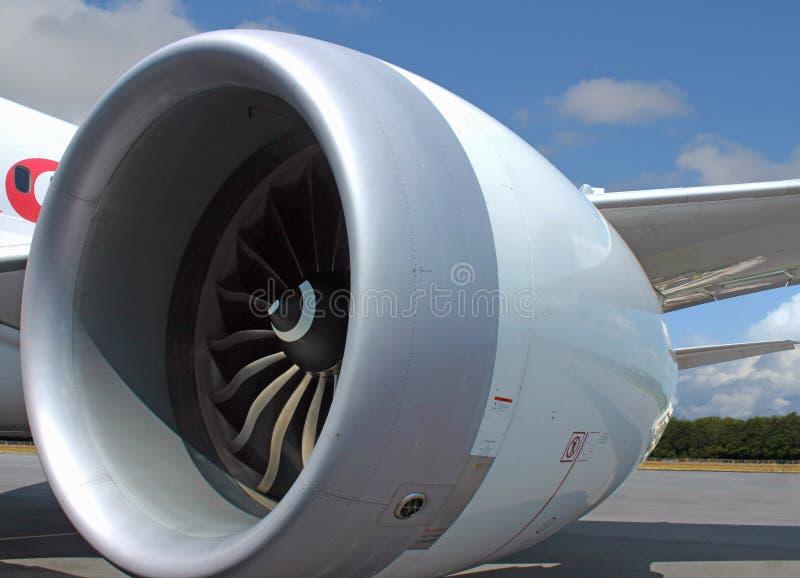 Stor jumbo - strålflygplanmotor arkivbild