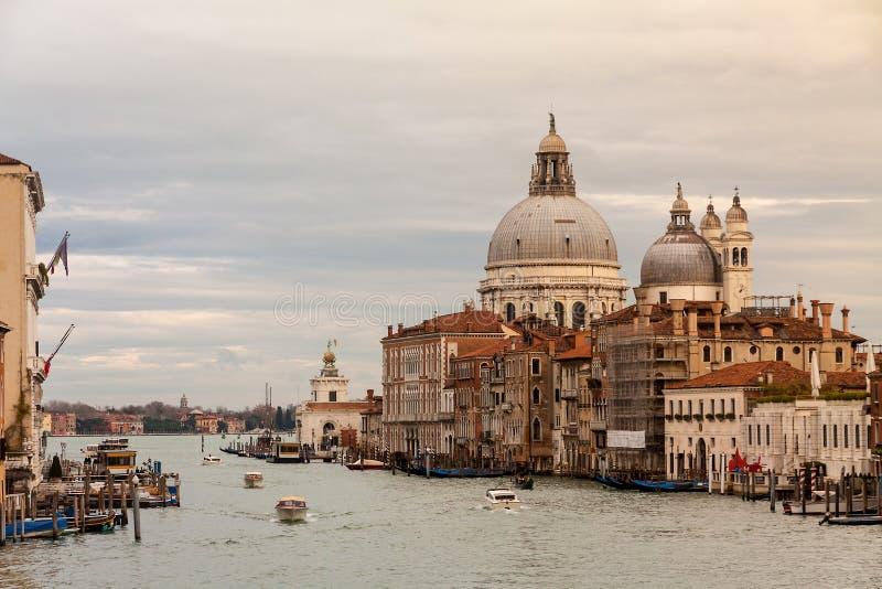 Stor kanal och basilika Della Salute arkivbilder