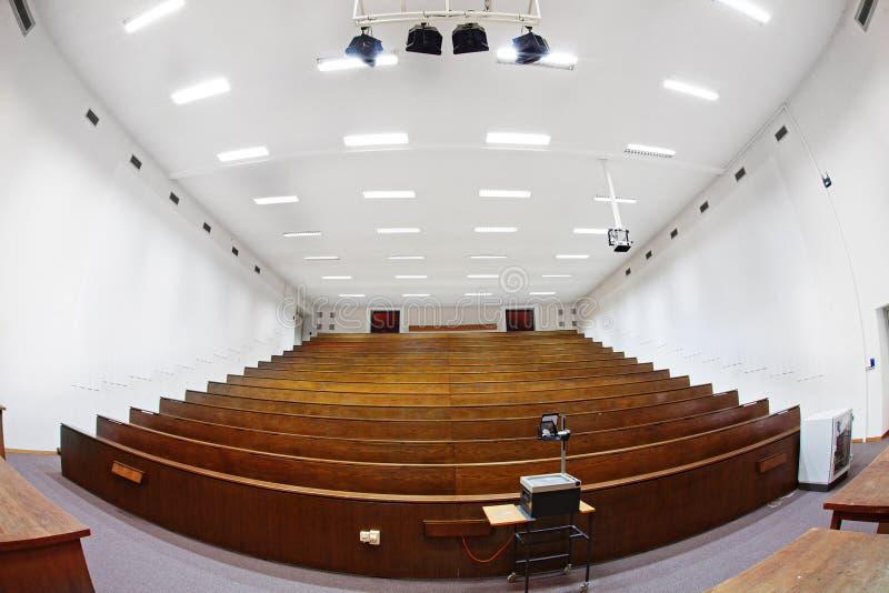 stor klassrumhögskola arkivfoto