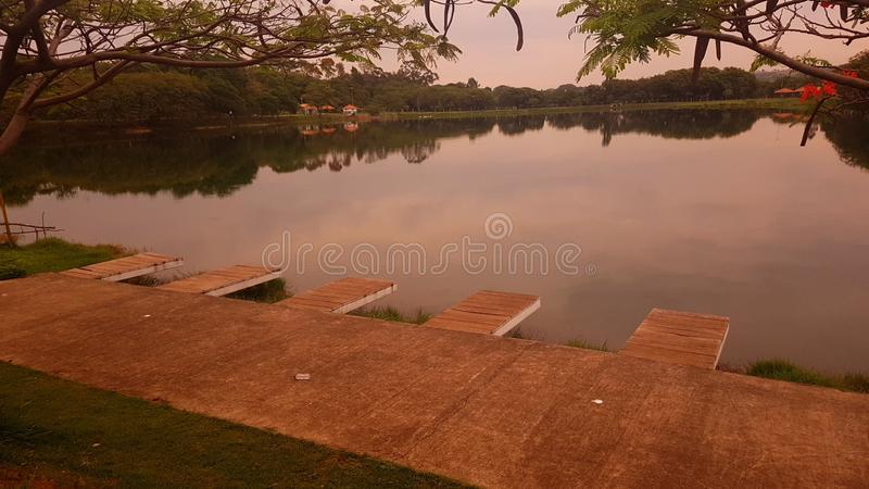 stor lake royaltyfri fotografi