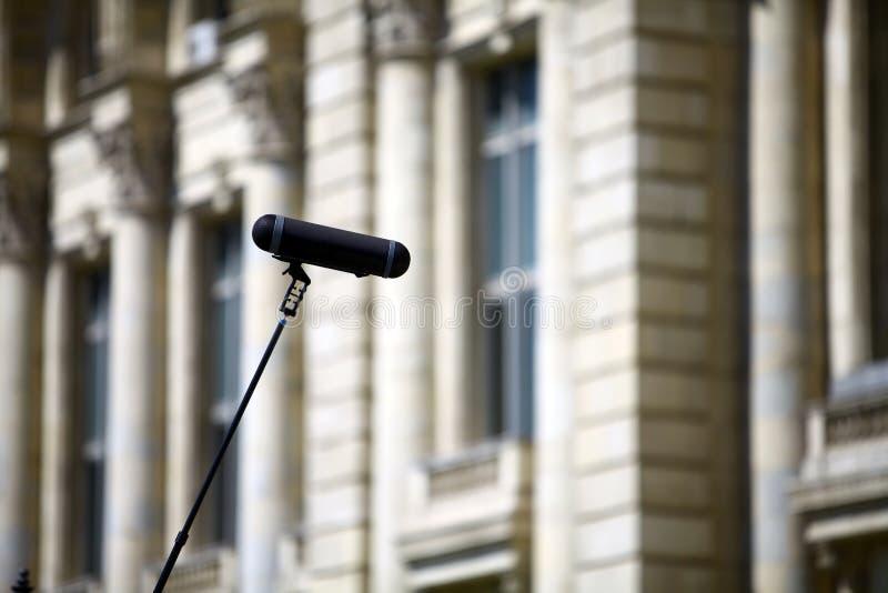 Stor mikrofon royaltyfri bild