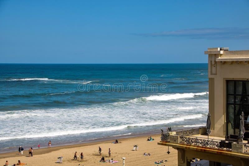 Stor plage för La, den stora stranden av Biarritz royaltyfria bilder