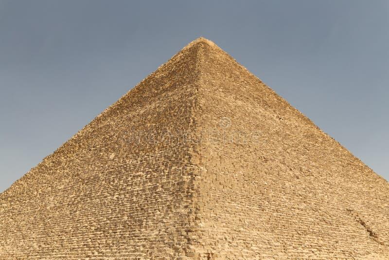 Stor pyramid av Giza i det Giza pyramidkomplexet, Kairo, Egypten royaltyfri foto