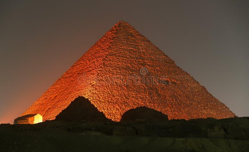 Stor pyramid av Giza i Kairo, Egypten fotografering för bildbyråer