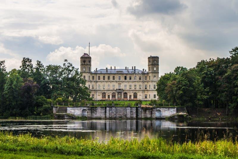 stor slott för gatchina royaltyfri bild