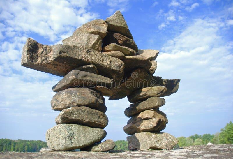 Stor sten Inukshuk arkivbilder