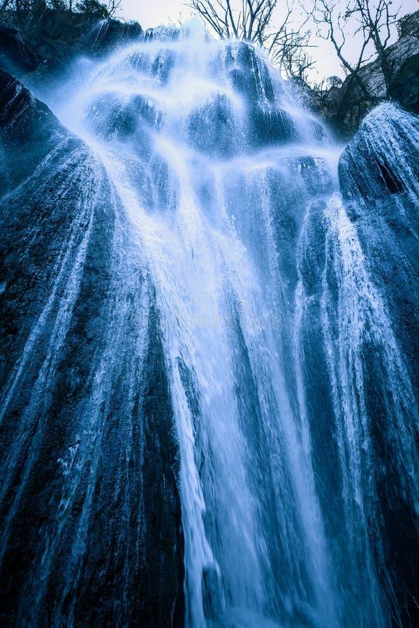 Stor vattenfall med ängelhår royaltyfri foto