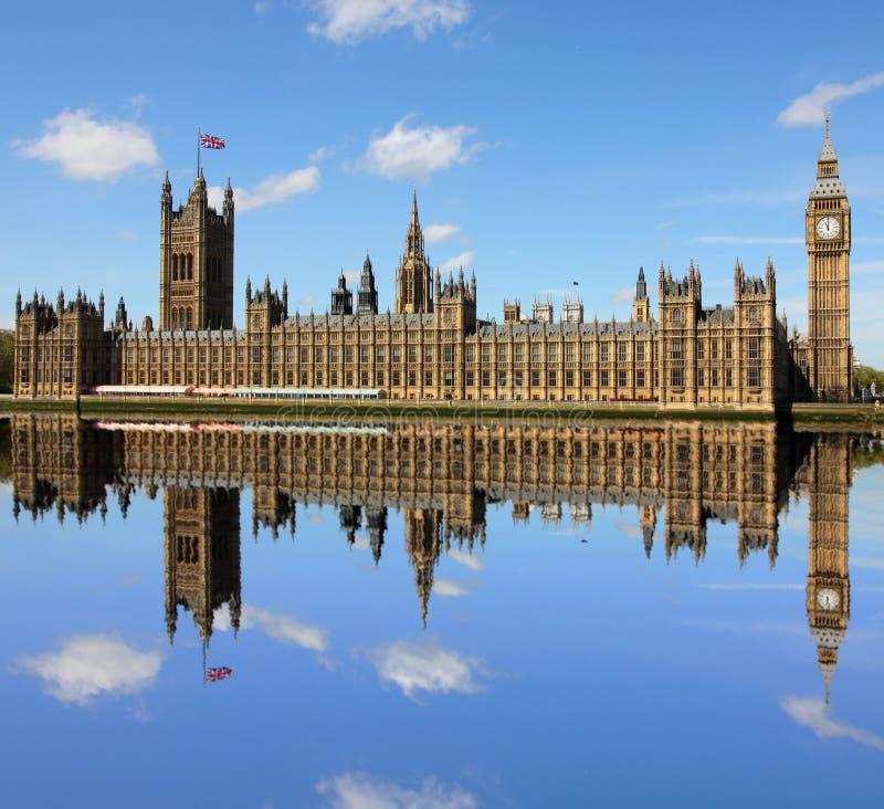 Stora Ben i Westminster, London. fotografering för bildbyråer