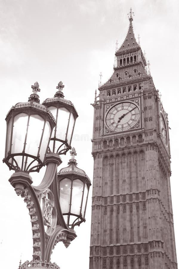 Stora Ben och Lamppost, London royaltyfri fotografi