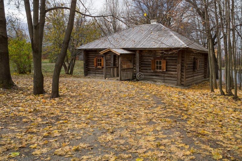 Stora Boldino Träbad i museumreserven Pushkin royaltyfria foton