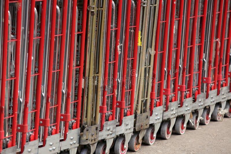 Stora leveransspårvagnar fotografering för bildbyråer