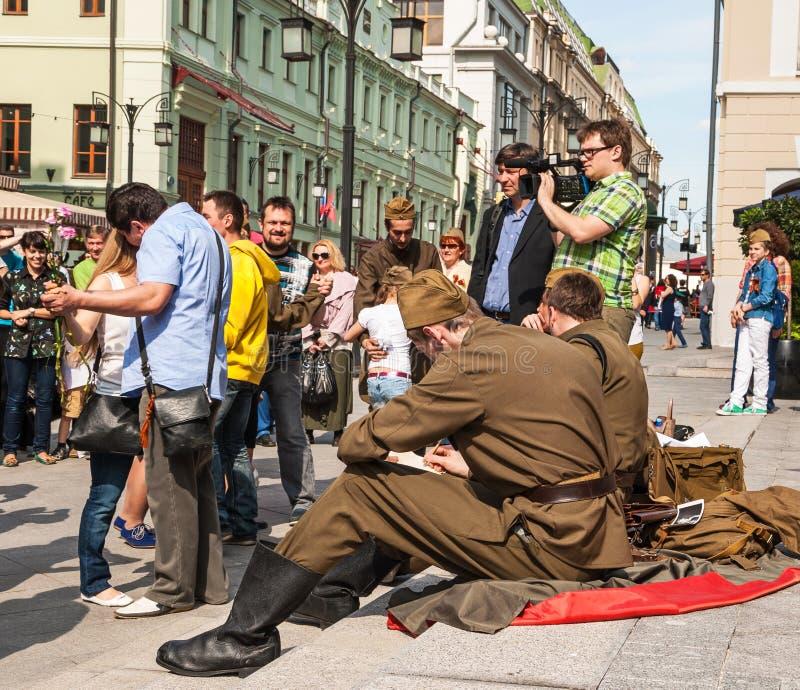 Stora Victory Day p? Maj 9 fotografering för bildbyråer