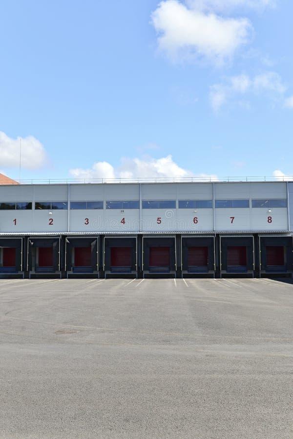 Storage gate