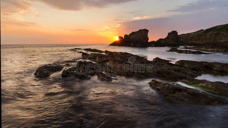 Storartad soluppgång Sinemorets, Bulgarien - bild royaltyfri foto