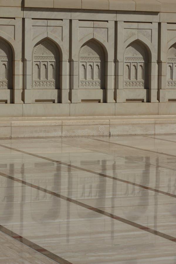Storartad storslagen moské av Muscat, Oman arkivbild