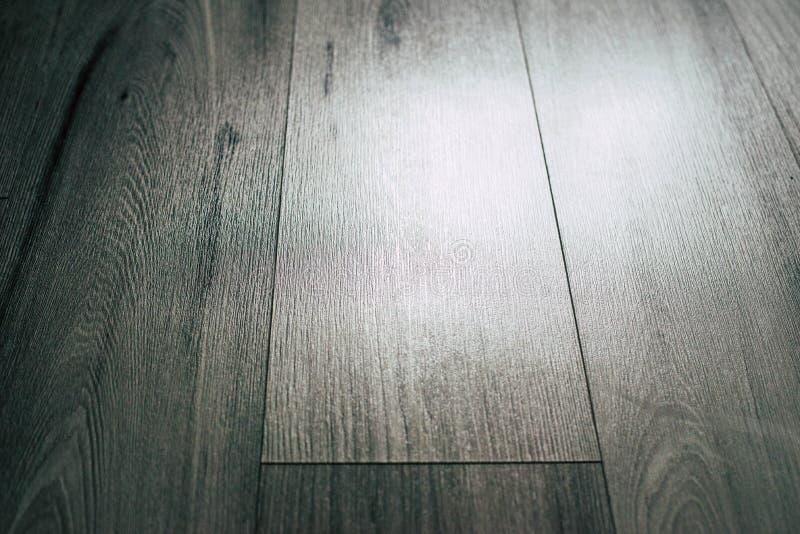 Storartad träbakgrund i grå signal royaltyfri foto