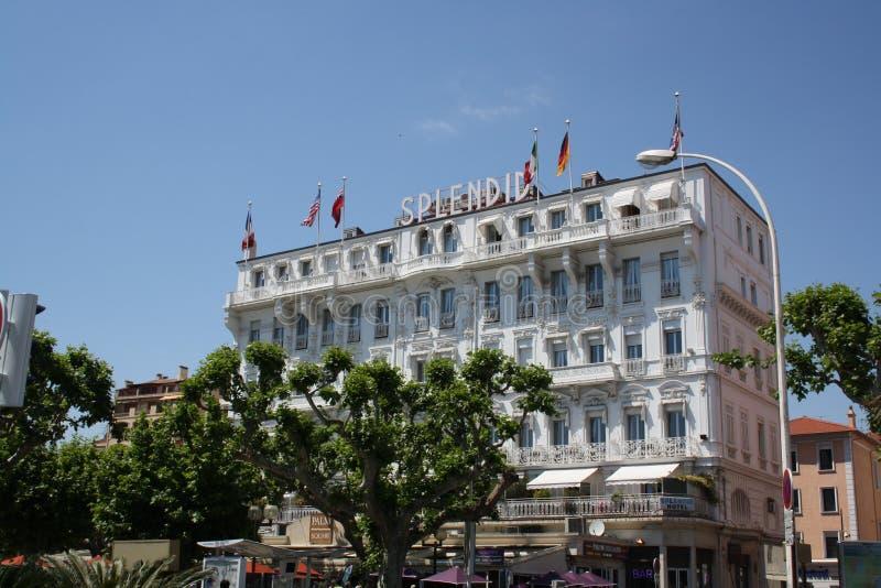 Storartat hotell i Cannes arkivfoton