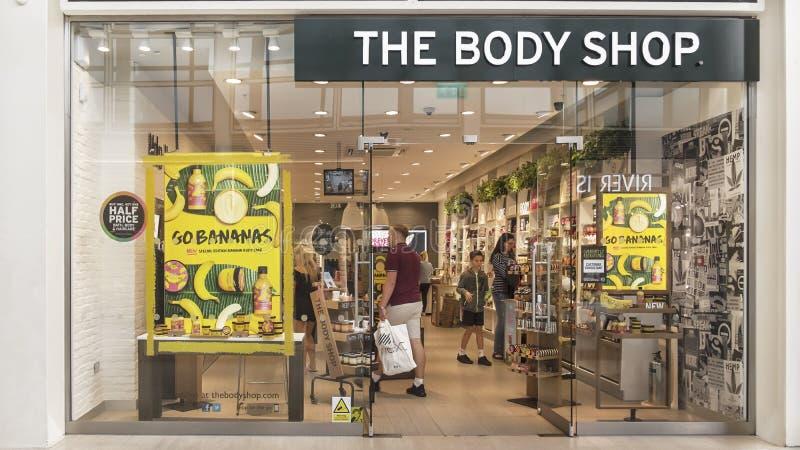 Storefront of cosmetic chain The Body Shop, Midzomer Arcade, Milton Keynes, Verenigd Koninkrijk royalty-vrije stock foto's
