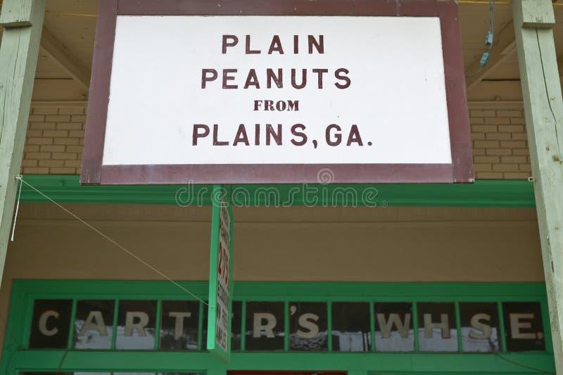 Storefront met teken dat, Duidelijke Pinda's ï ¿ ½ van Vlaktes, GA leest ï ¿ ½ in Vlaktes, Georgië royalty-vrije stock foto's