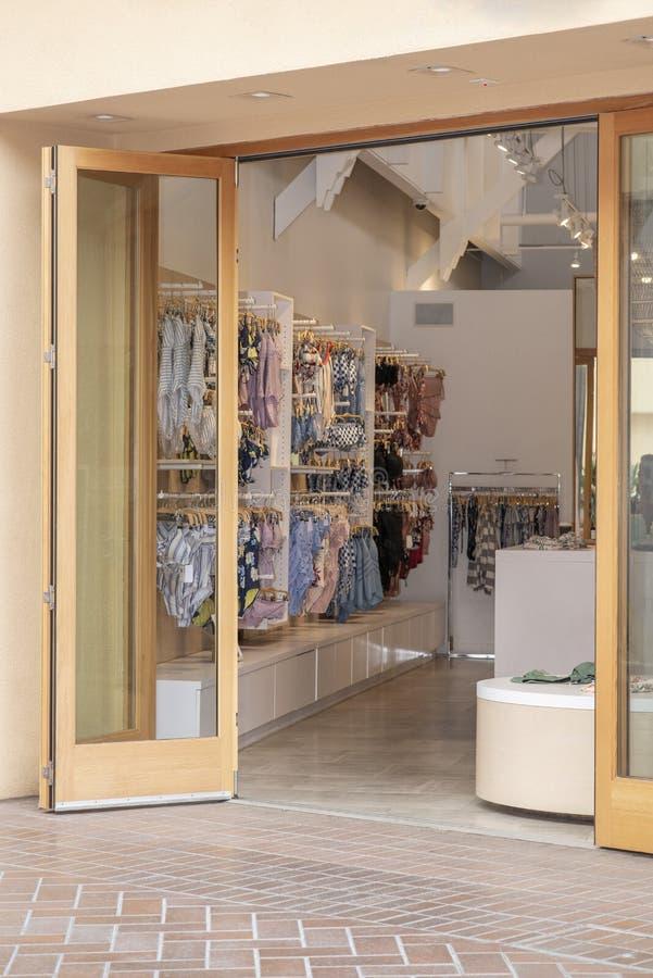 storefront zdjęcia royalty free