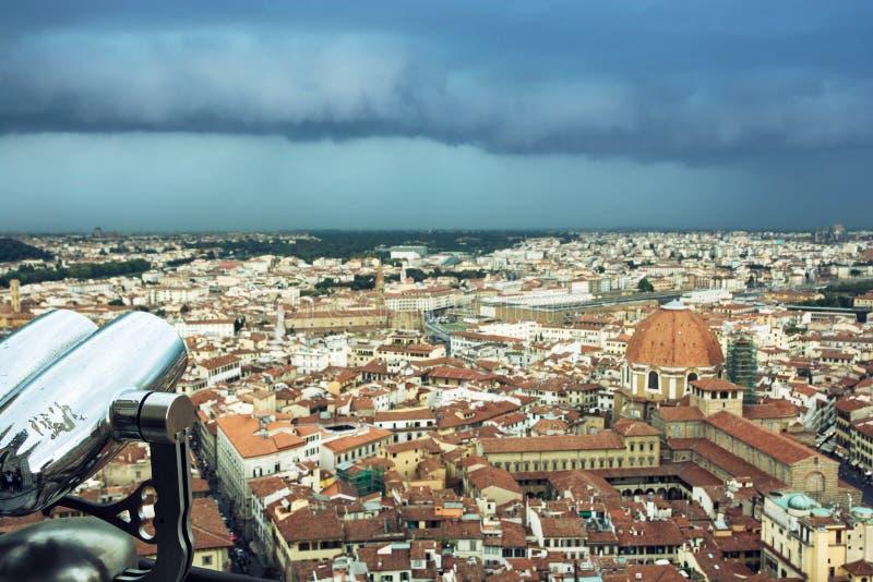 Storm över den Florence staden royaltyfri bild