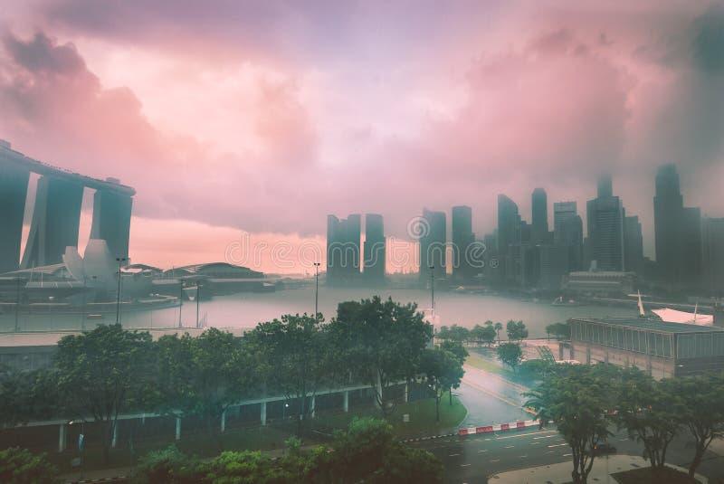 Storm över Marina Bay, Singapore arkivfoto