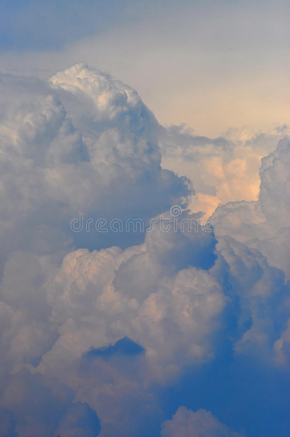 Free Storm Clouds Royalty Free Stock Photo - 20995845