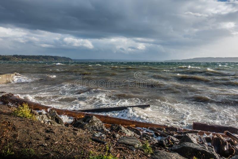 Stormachtig Puget Sound royalty-vrije stock afbeeldingen