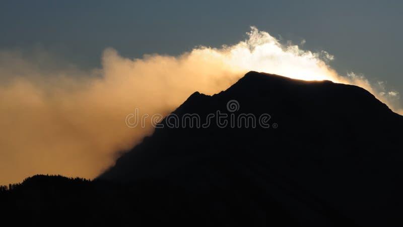 Stormachtige bergen no.1 royalty-vrije stock fotografie