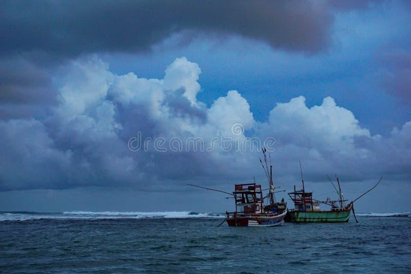 Stormachtige wateren stock fotografie