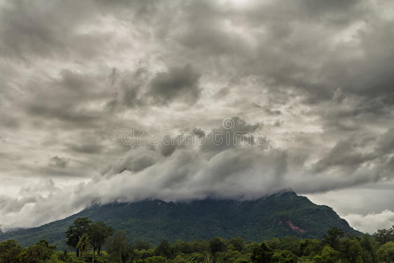 Stormachtige wolken royalty-vrije stock foto