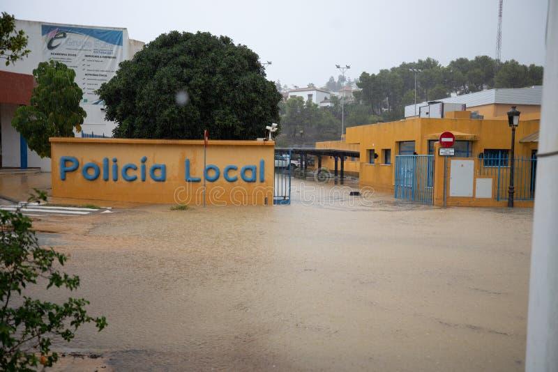 Stormar och översvämning i Estepona arkivfoton
