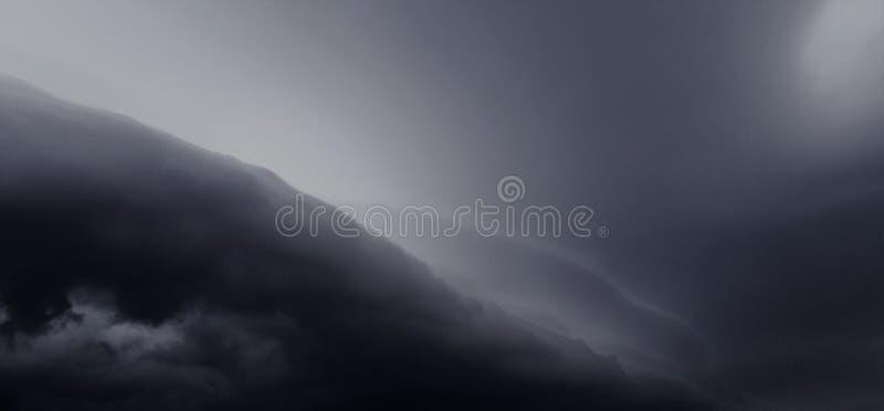 Stormframdel av öde royaltyfri bild