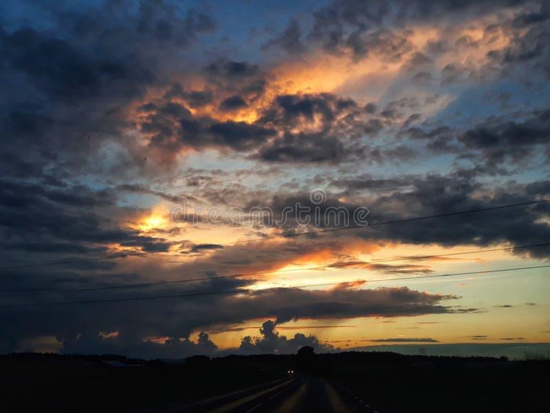 stormig sky royaltyfri bild