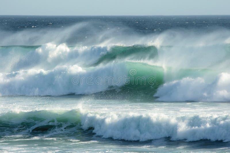 stormiga waves arkivfoton