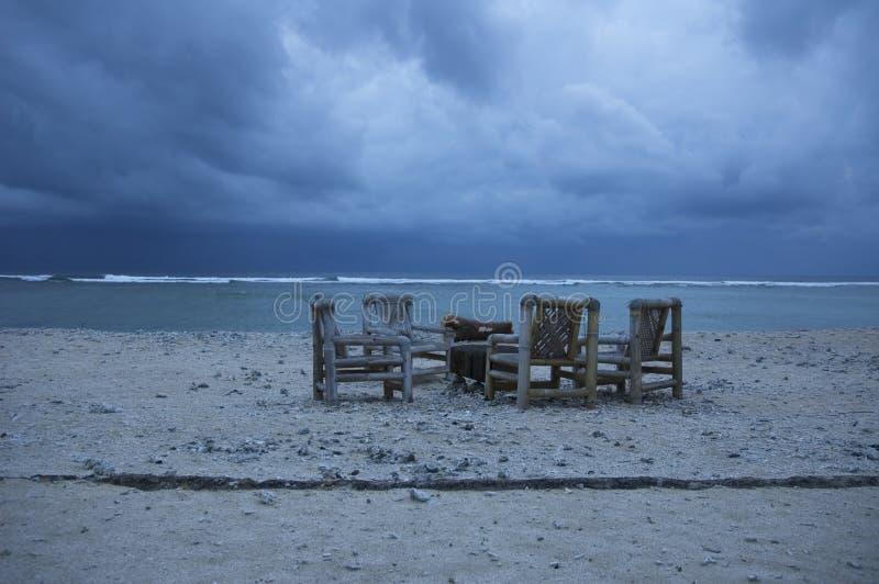 Download Stormigt väder fotografering för bildbyråer. Bild av kust - 508727