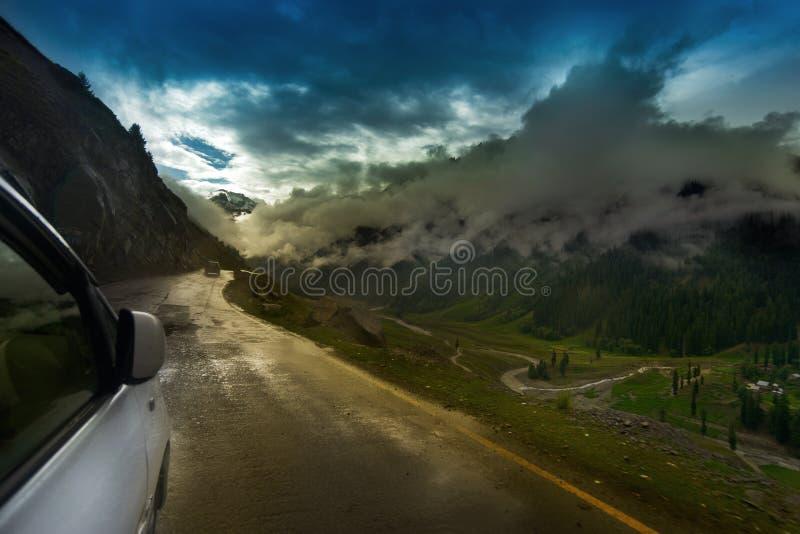 Stormmoln, Ladakh, Indien royaltyfria bilder