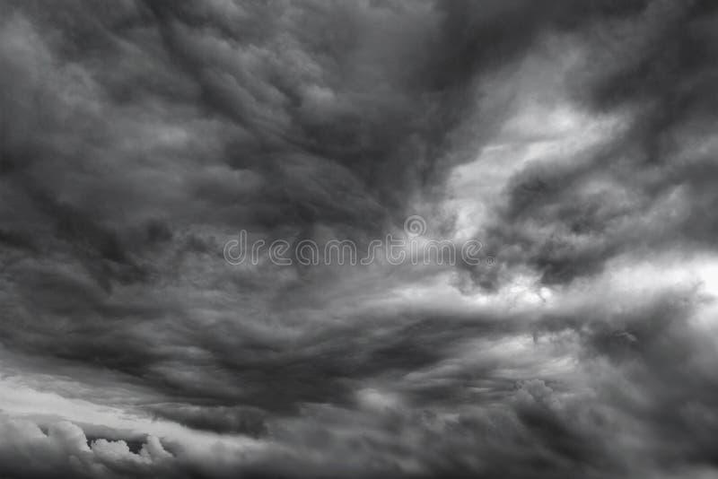 Stormoklarheter royaltyfria bilder
