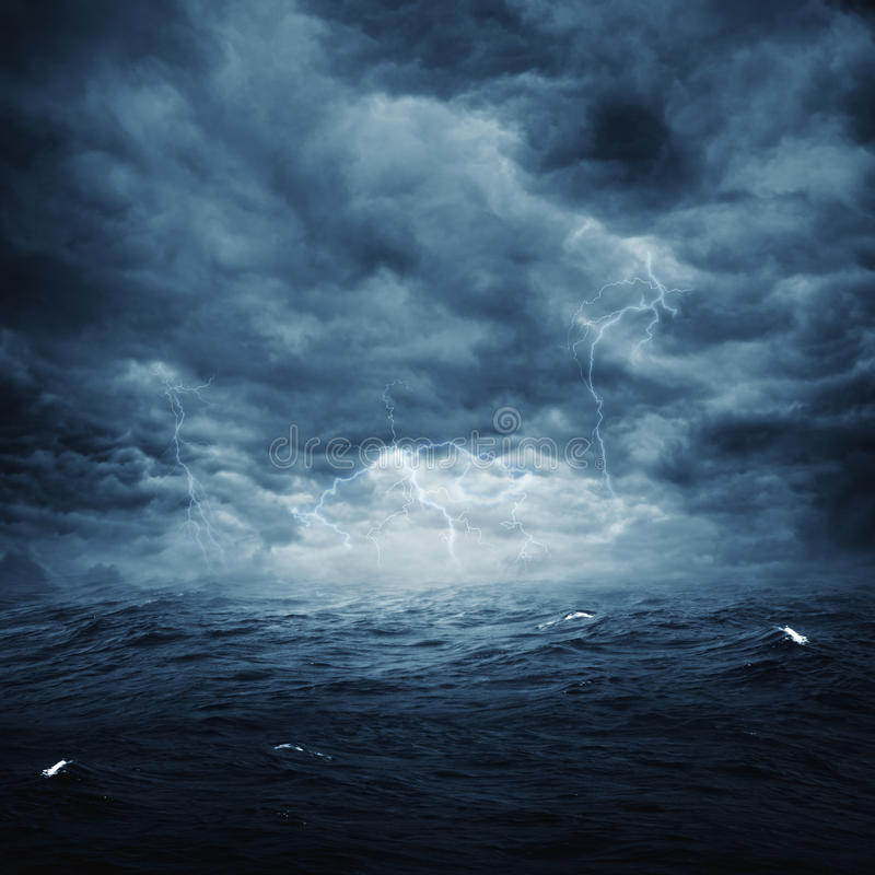 Free Stormy Ocean Royalty Free Stock Images - 34932689