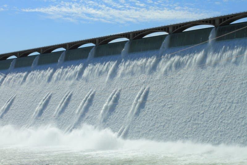 Storslagen Coulee hydroelektrisk fördämning royaltyfria bilder