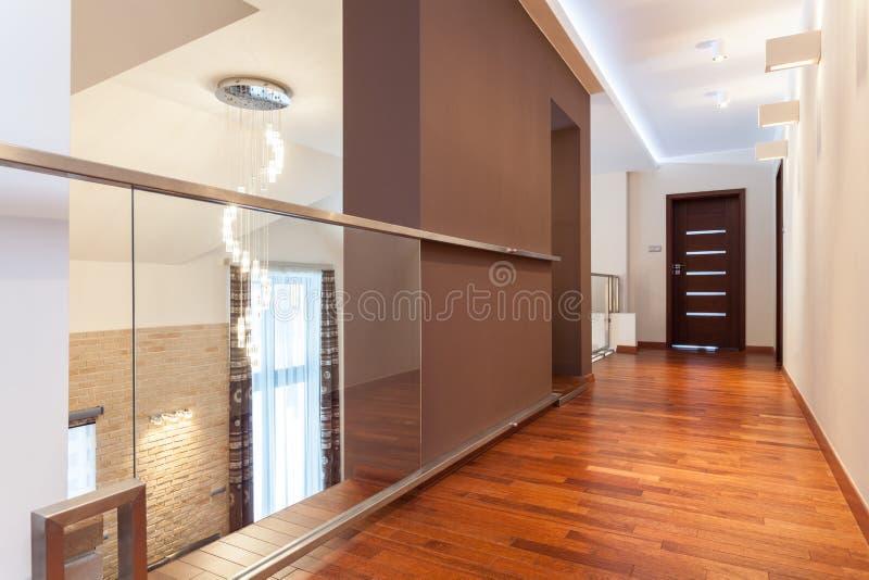 Storslagen design - korridor arkivfoton
