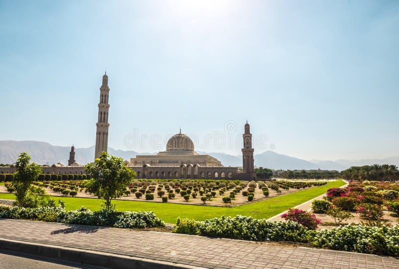 Storslagen moské, Muscat, Oman arkivbild