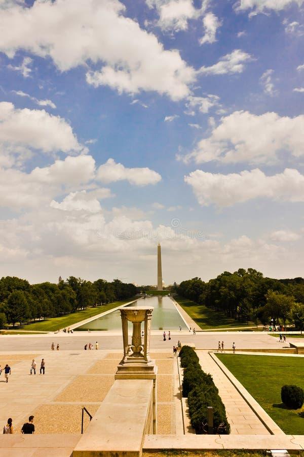 Storslagen sikt österut från Lincoln Memorial ut på den nationella gallerian, Washington DC arkivbilder