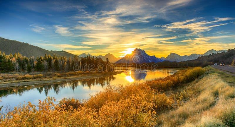 Storslagen Teton för solnedgång nationalpark fotografering för bildbyråer