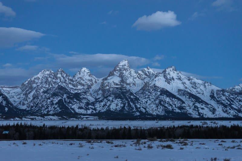 Storslagen Teton nationalparksoluppgång arkivfoton