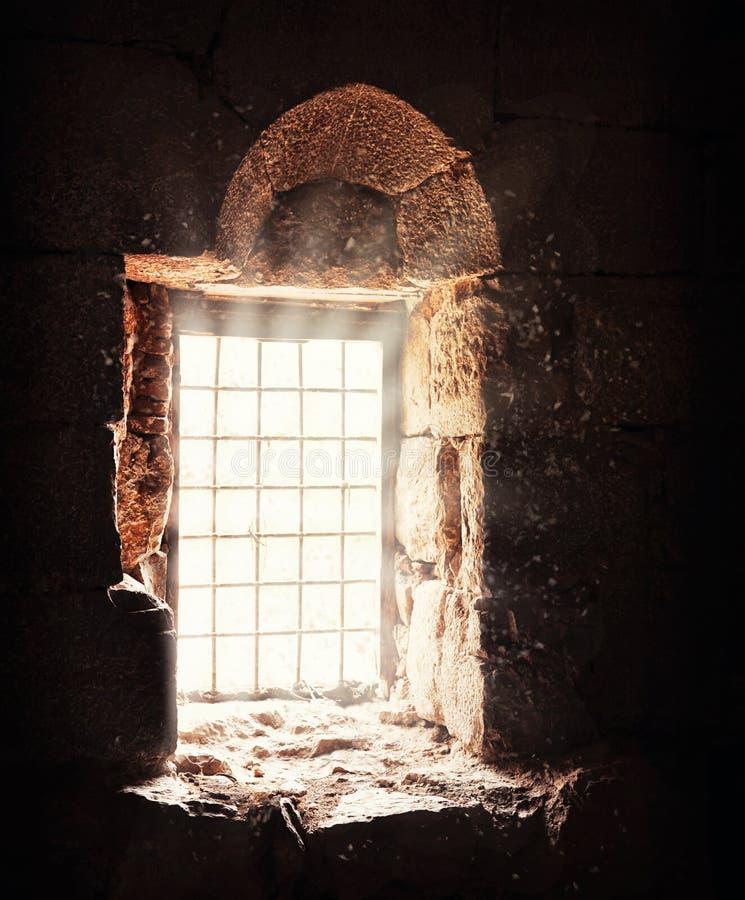 Stort gammalt fönster av Damascus royaltyfria bilder