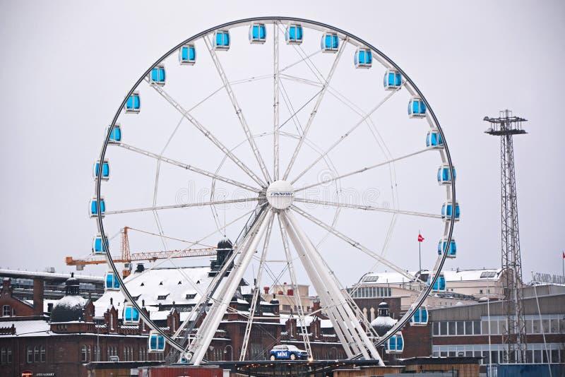 Stort rulla in den Helsingfors staden arkivfoto